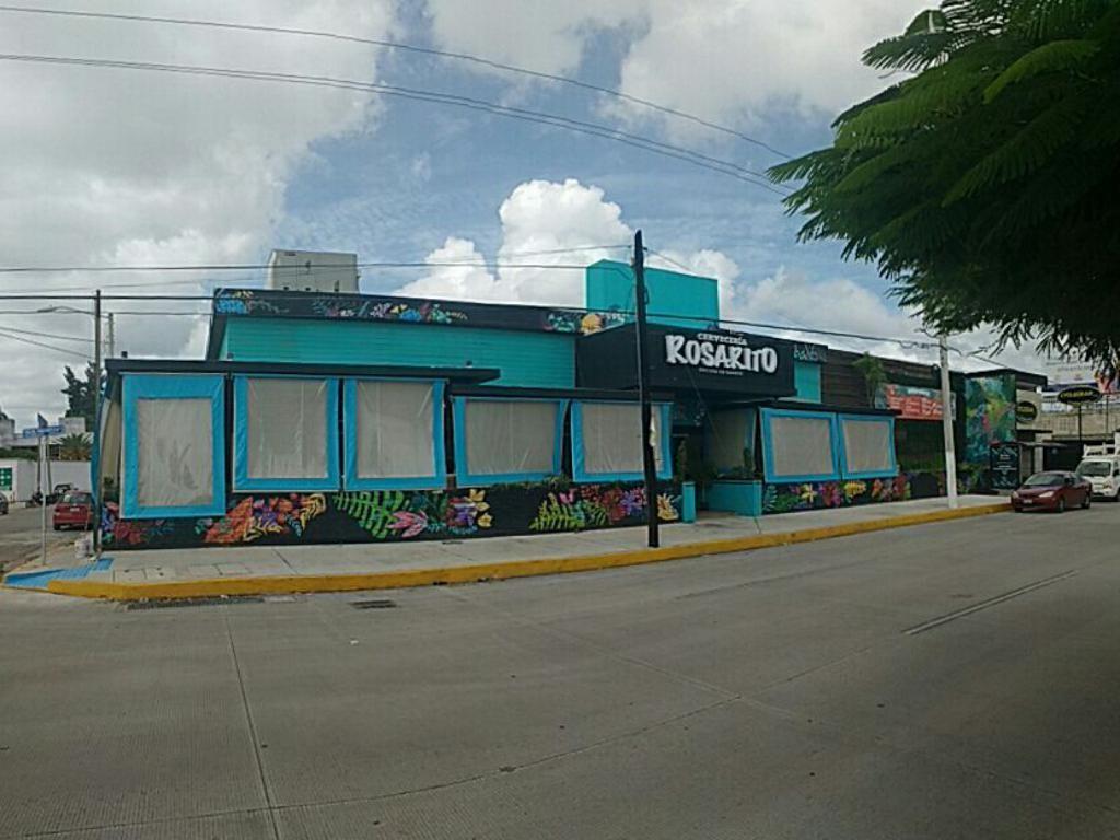 Construccion y remodelaci n del restaurante rosarito for Construccion de piscinas merida yucatan